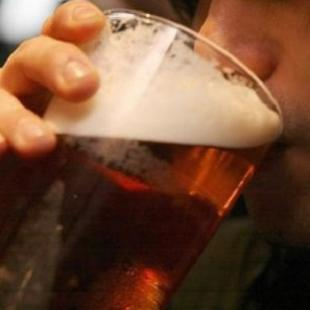 Doctors warn on alcohol-related deaths