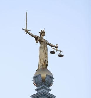 Old Bailey jury hear witness decribe killing as