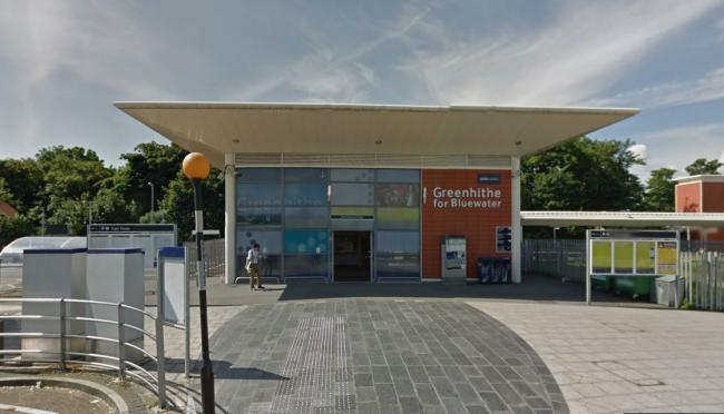 Bus passes and mobile phones stolen in Greenhithe robbery